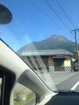 車窓由布岳.JPG